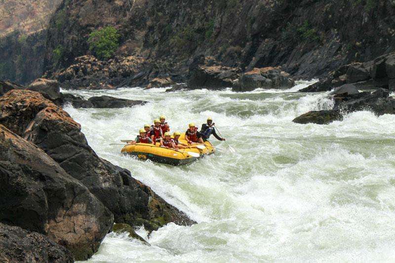 rapids-zambezi-river
