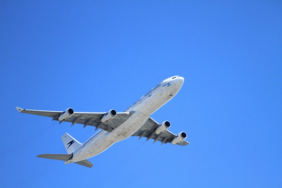 Airlines with less emissions-min