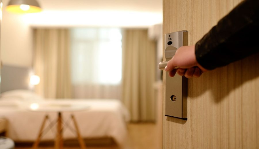 Here's how to spend less on hotel bookings