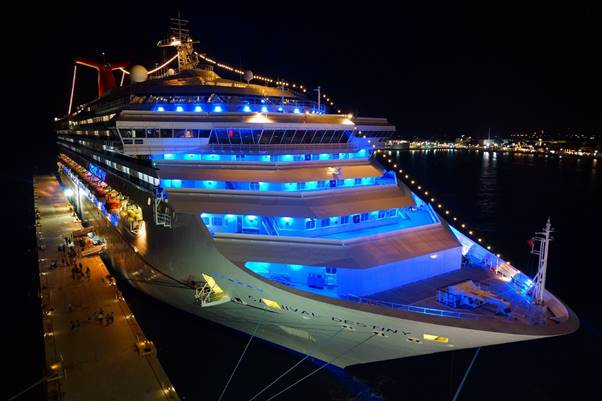 Cruise ships – A sepectacular night cruise