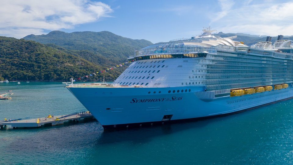 Royal Caribbean refunds policy is to allow cash refunds