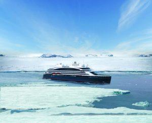 Total solar eclipse in Antarctica aboard Ponant icebreaker / ©PONANT_STIRLING DESIGN INTERNATIONAL