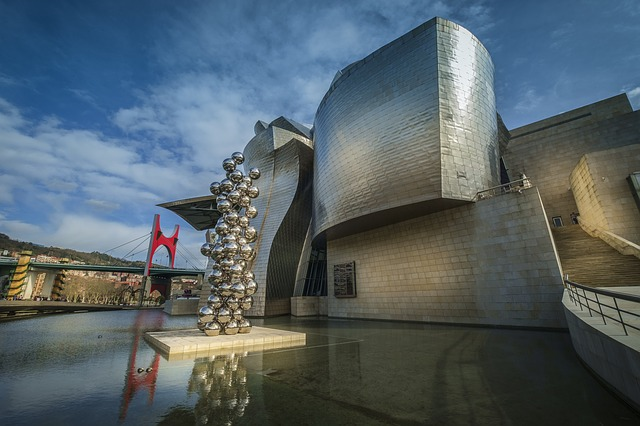 the Guggenheim Bilbao offers an interactive 3D tour