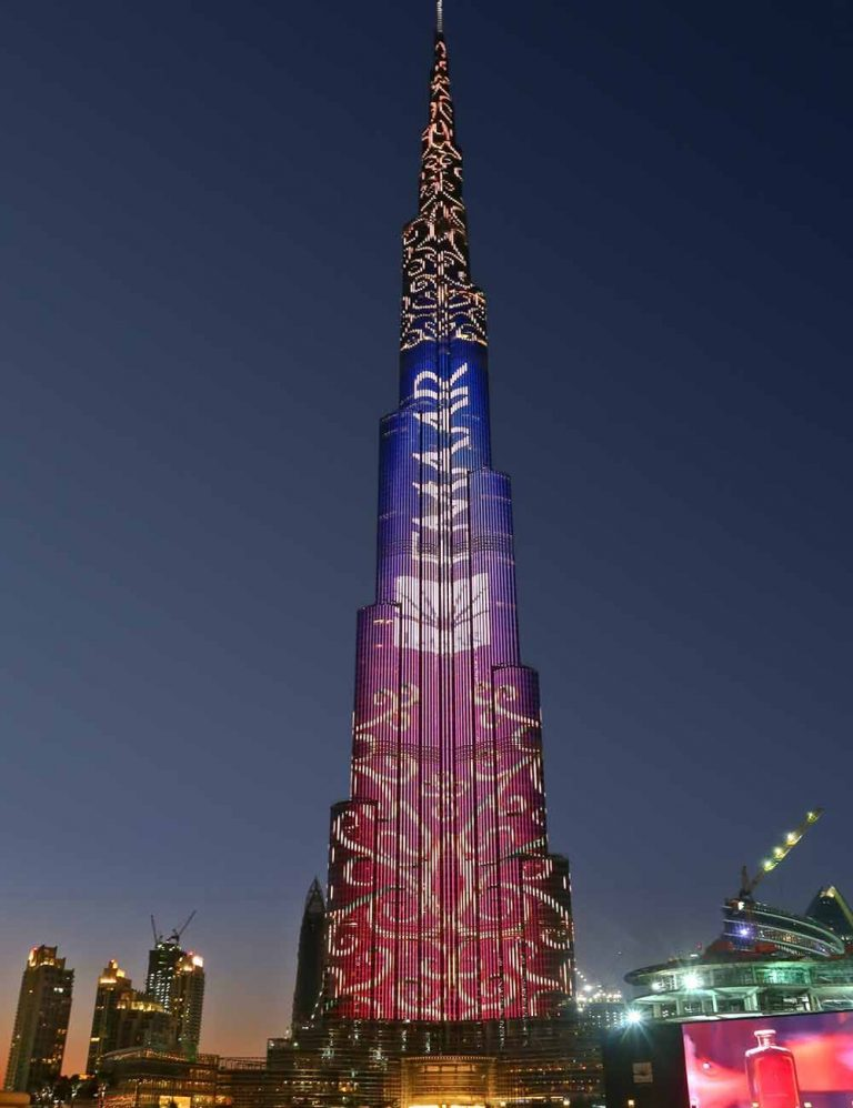 One of the must-see attractions in Dubai - Burj Khalifa