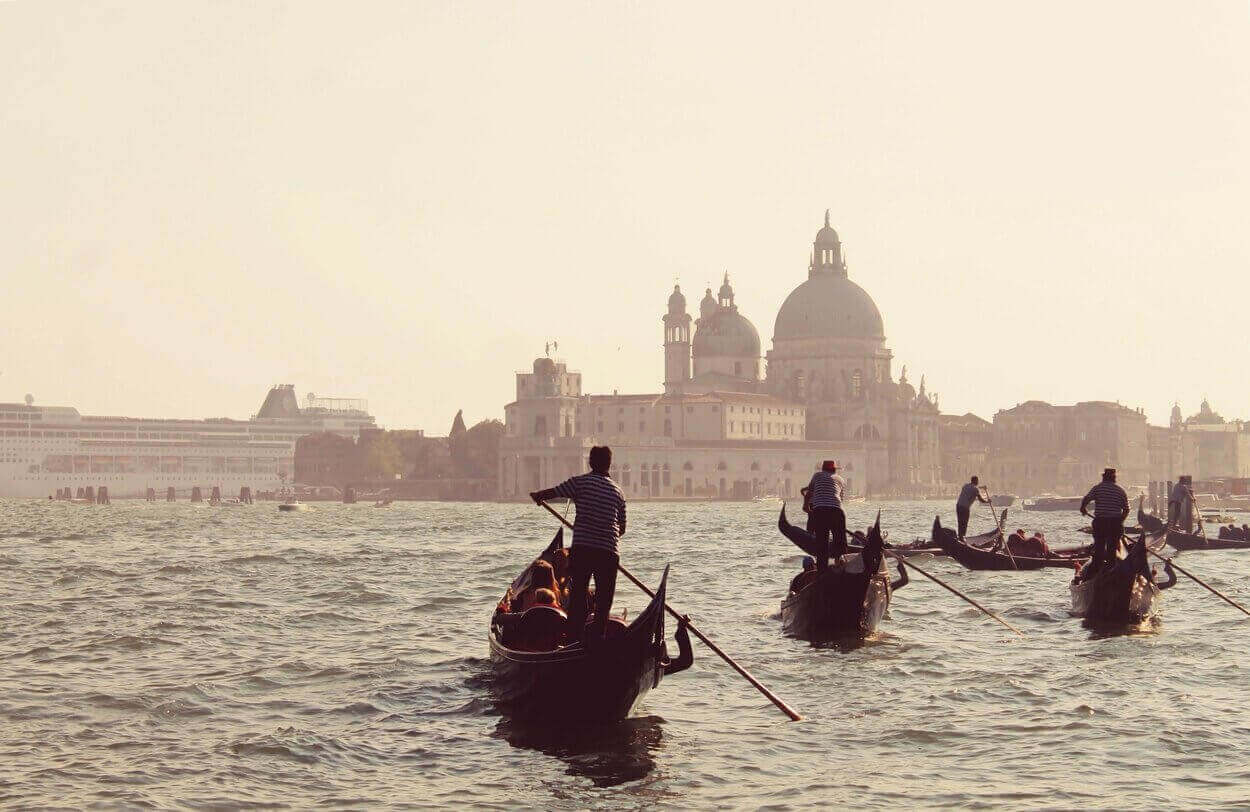 The Ten Most Romantic Places in the World
