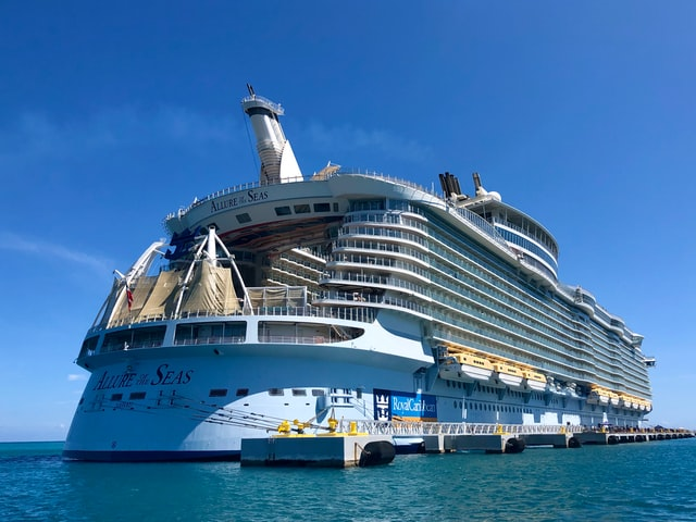 Royal Caribbean Europe - Allure of the Seas returns to Barcelona