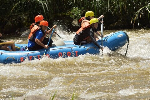 Costa Rica offers plenty for the extreme traveler to do many outdoor adventures