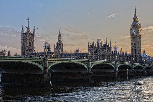 VR tour of London