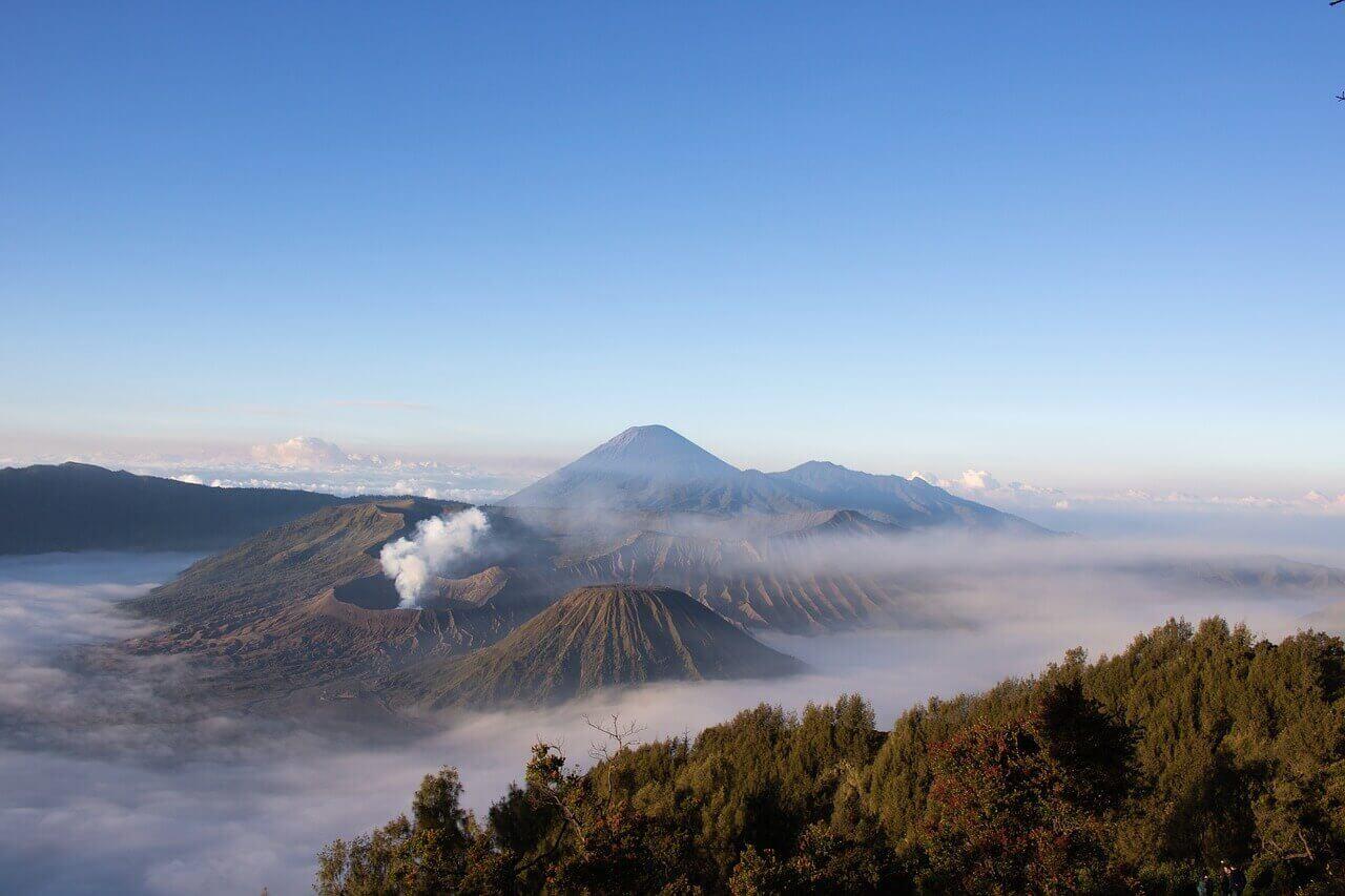 Stargazing Spots in Asia - Mount Bromo, Indonesia